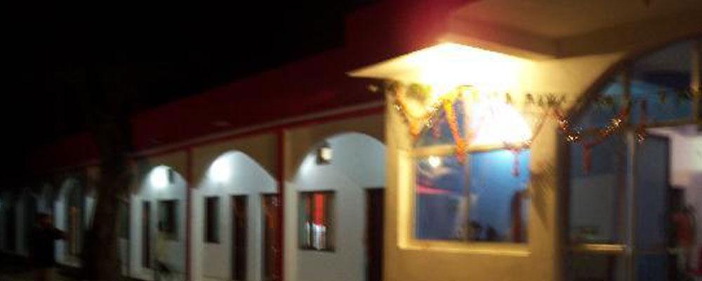 Narmada-Palace-Lodge-1